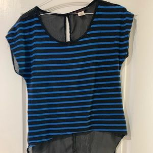 Black and blue , size L short sleeve top